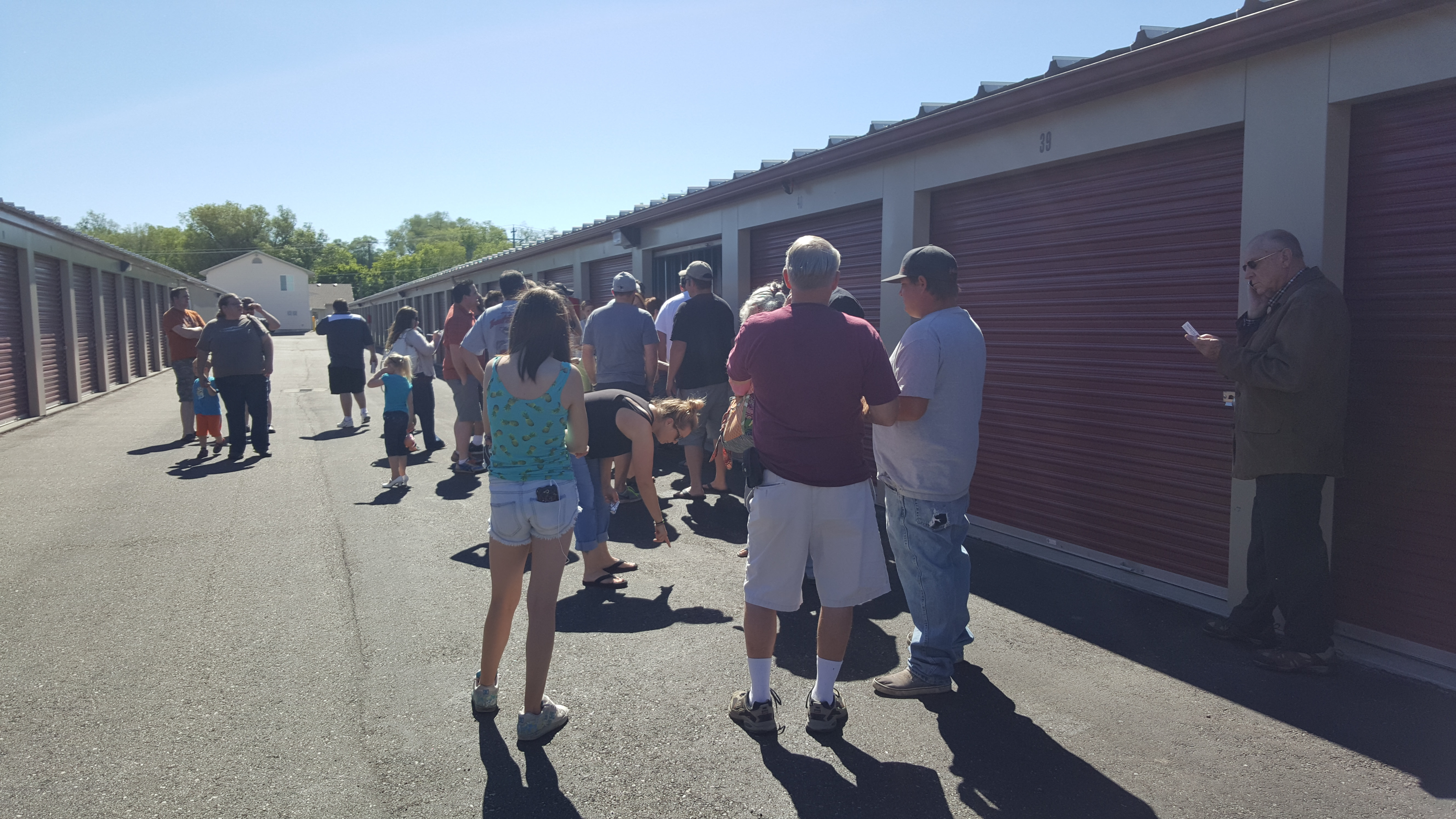 Prime Time Auctions SOLD Tautphaus Park Storage Auction